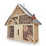 WILDLIFE FRIEND | Insektenhotel mit Metalldach - unbehandelt, Insektenhaus aus Naturholz für Bienen, Marienkäfer, Florfliegen & Schmetterlinge, Bienenhotel & Nisthilfe zum aufhängen